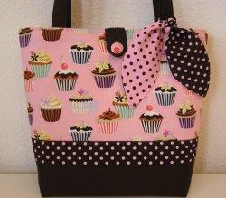 Cupcake_diaper_bag_tote